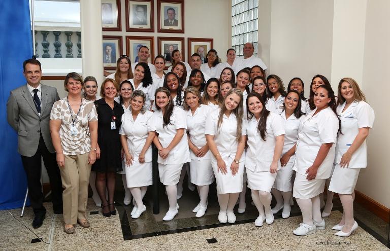 Sétima turma do Curso Técnico em Enfermagem formou 32 alunos